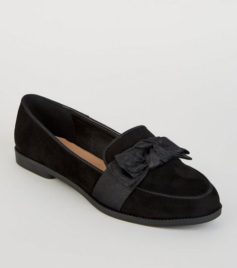 f7e72bfb7523 ... Girls Black Suedette Bow Front Loafers ...