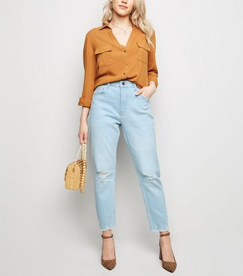 Petite Pale Blue Bleach Wash Ripped Mom Jeans