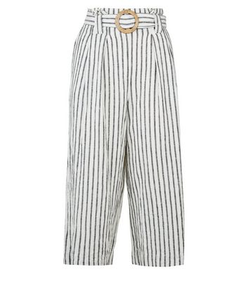 Petite Off White Linen Blend Cropped Trousers New Look