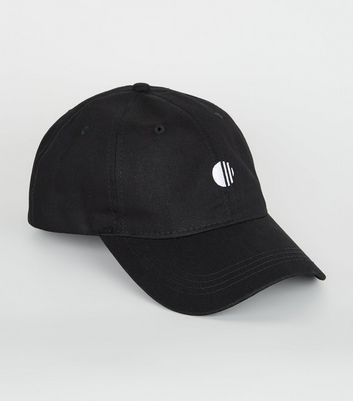Black Embroidered Circle 6 Panel Cap