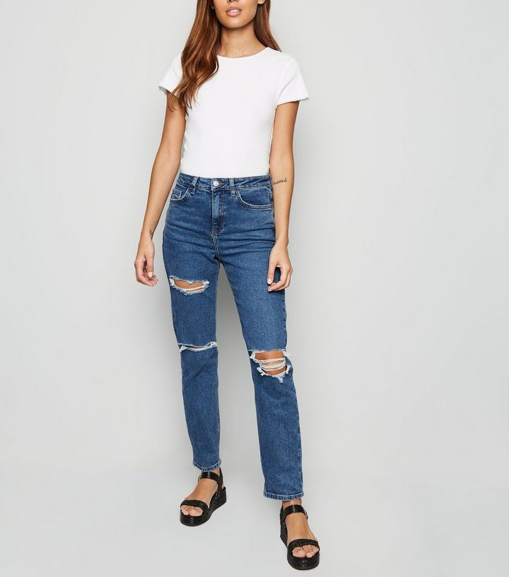 7eb75a74ba2 Blue Ripped Tori Mom Jeans | New Look