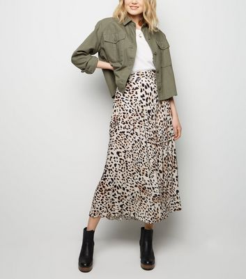 Tall Brown Leopard Print Pleated Skirt