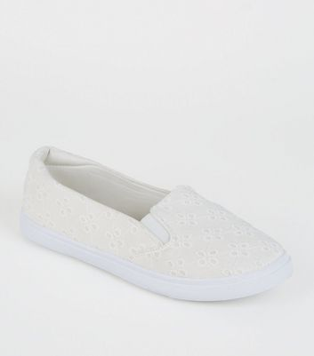 Girls Off White Broderie Slip-On Trainers
