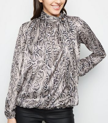 Cameo Rose Black Snake Print Pussy Bow Blouse