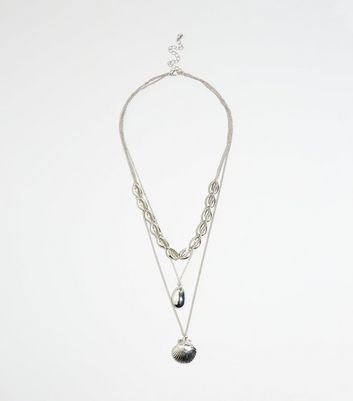 Silver Layered Shell Pendant Necklace