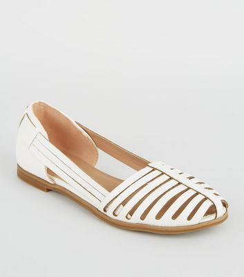 Girls White Faux Snake Caged Pumps