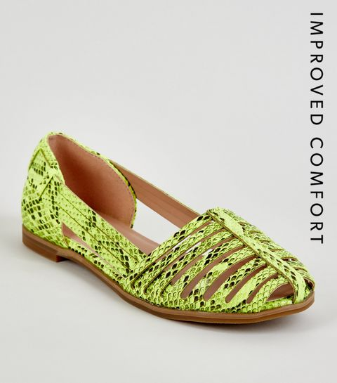 ... Girls Yellow Neon Faux Snake Caged Pumps ... ff7a59554af9