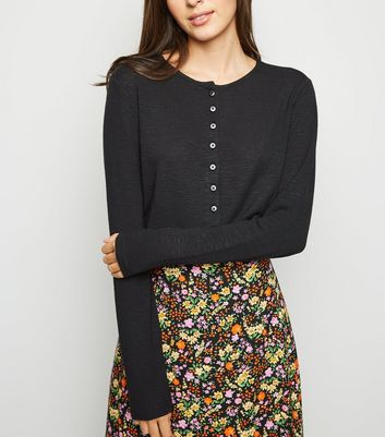 Black Cropped Button Front Cardigan