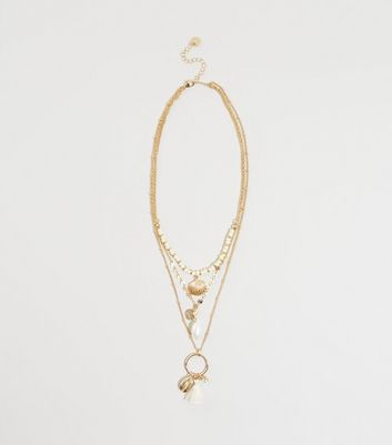 WANTED Gold Layered Chain Shell Pendant Necklace