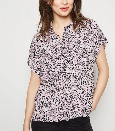 c69ce3c3918 ... Chemise rose à manches courtes et imprimé léopard ...