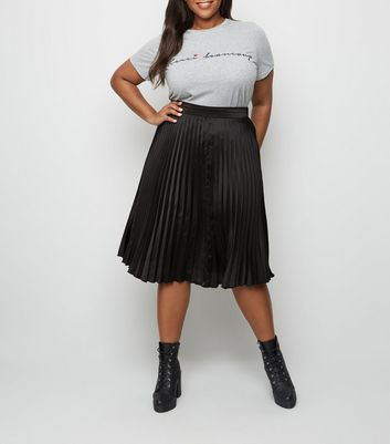 Curves Black Pleated Midi Skirt