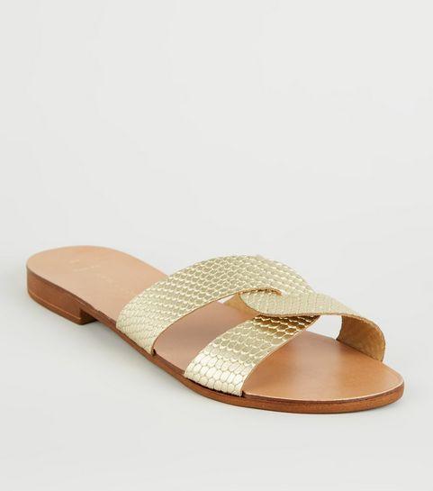 e9e7be9831b ... Wide Fit - Sandales en cuir doré à brides effet peau de serpent ...