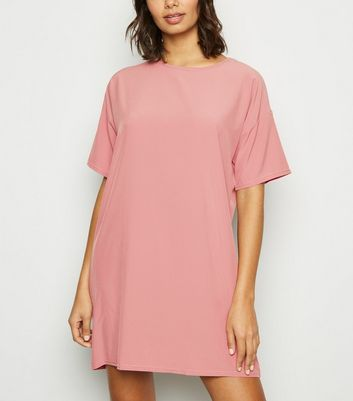 Rosafarbenes T-Shirt-Kleid in Oversize