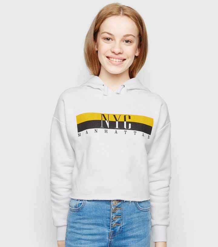 "uk availability 11e76 345c3 Girls – Weißer Kapuzenpullover mit ""NYC""-Slogan in Blockfarben Für später  speichern Von gespeicherten Artikeln entfernen"