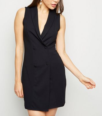 Black Sleeveless Tuxedo Dress