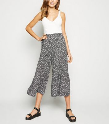 Black Ditsy Floral Wide Leg Cropped Trousers