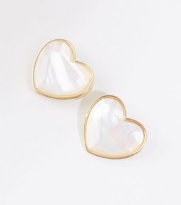 White Shell Heart Stud Earrings