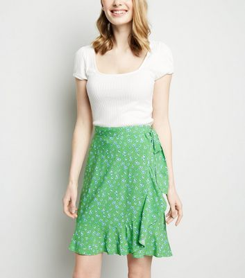 Green Ditsy Floral Ruffle Trim Mini Skirt