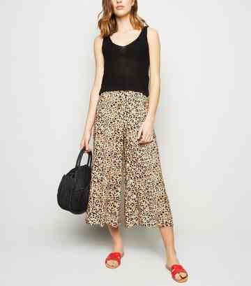Brown Animal Print Crop Trousers