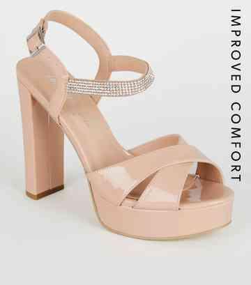 530e6b80c7f8f9 Sandales à talons | Sandales à brides & à lanières | New Look