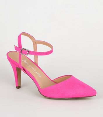 Wide Fit Bright Pink Suedette Pointed Courts