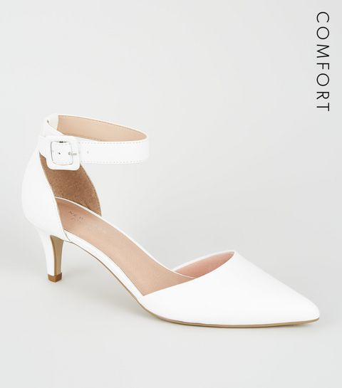 51a87ea450c85a ... Comfort Flex - Chaussures blanches pointues à petits talons ...