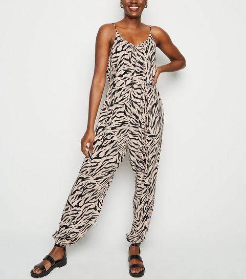 1835e5f7ecc ... Black Tiger Print Tie Waist Jumpsuit ...