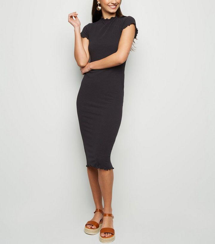 vente en ligne magasiner pour véritable chaussures élégantes Robe moulante mi-longue noire côtelée à volants Ajouter à la Wishlist  Supprimer de la Wishlist