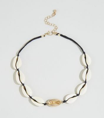 Cream Shell Choker