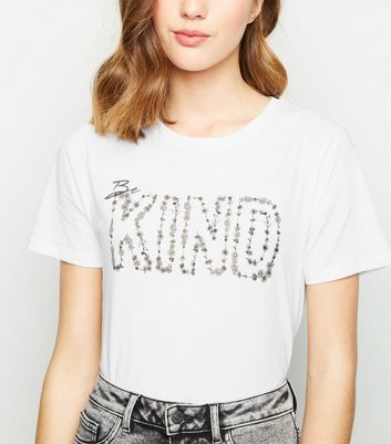 White Daisy Be Kind Slogan T-Shirt
