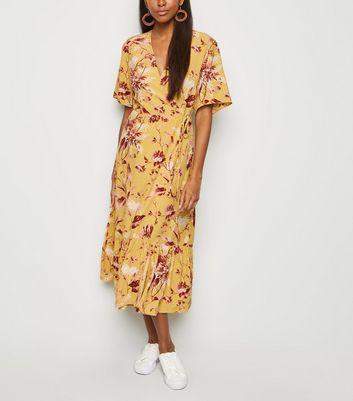 2133775db606b0 Yellow Floral Tiered Hem Midi Dress by New Look