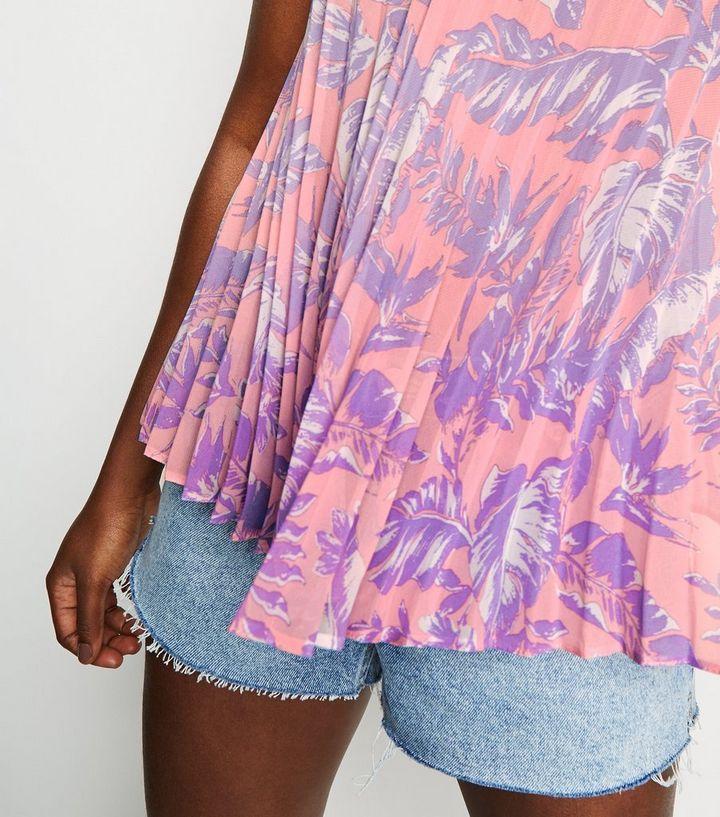 f9fb73373214da ... Pink Tropical Print Pleated Cami. ×. ×. ×. Shopper le look