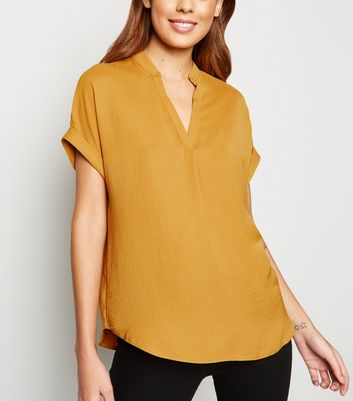 Yellow Overhead Short Sleeve Shirt