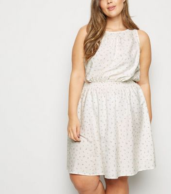 Curves Off White Floral Sleeveless Skater Dress