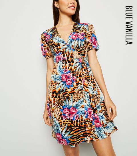 c63262cfaf26d Wrap Dresses | Long Sleeve, Velvet & Midi Wrap Dresses | New Look