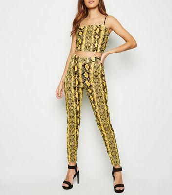Cameo Rose Yellow Snake Print Leggings