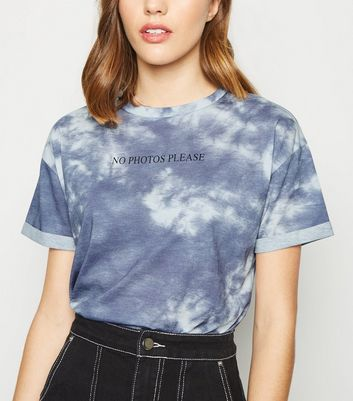 Blue Tie Dye No Photos Please Slogan T-Shirt