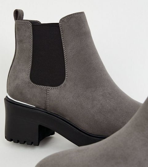 reputable site 064a5 37afe Chelsea Boots Damen   Chelsea-Stiefel   New Look