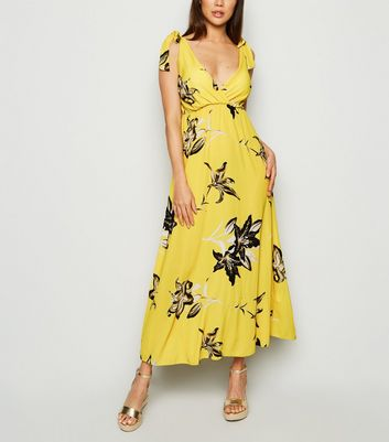 Cameo Rose Yellow Floral Cupped Maxi Dress