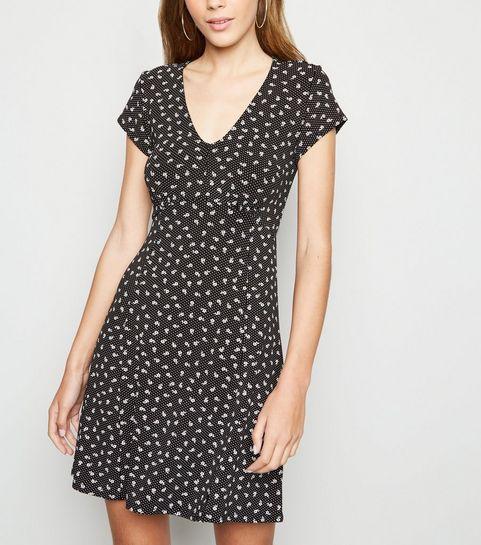 5a040b83882c2 Robes à fleurs Femme   Robes de soirée & casual   New Look