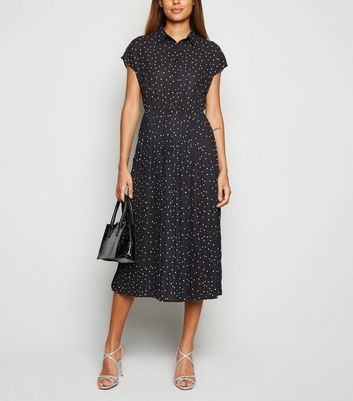 Click to view product details and reviews for Black Spot Pleated Midi Shirt Dress New Look.