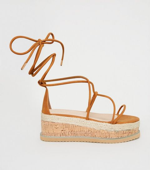 592da82c6 Chaussures femme | Bottes, escarpins & baskets | New Look