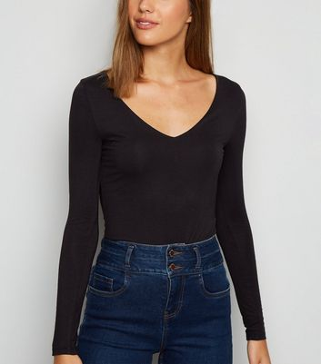 Black Long Sleeve V Neck Bodysuit by New Look
