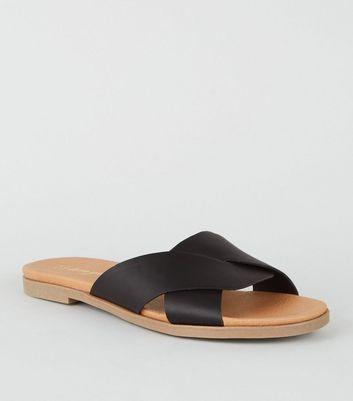 Wide Fit Black Footbed Sliders   New Look