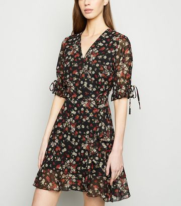 Black Daisy Print Frill Sleeve Mini Wrap Dress