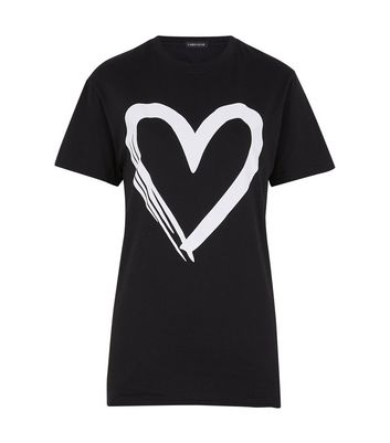 Cameo Rose Black Contrast Heart Print T-Shirt New Look